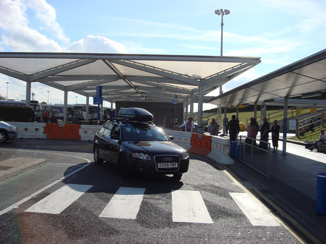 Pick up point stansted airport oxyman geograph britain and ireland pick up point stansted airport m4hsunfo