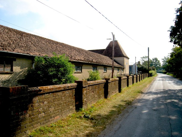 Oast house adj headcorn aerodrome oast house archive for The headcorn minimalist house kent