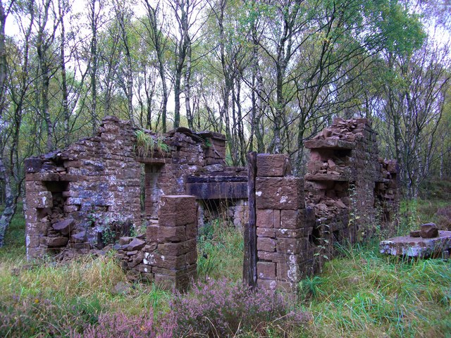 Ruin of a hut on Lazonby Fell