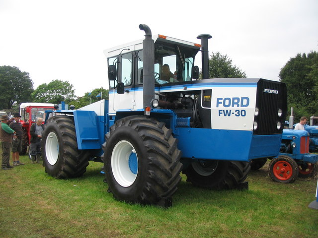 Ford FW-30 tractor