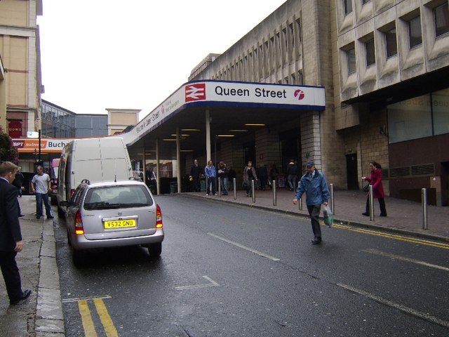 Entrance To Queen Street Station 169 Stephen Sweeney