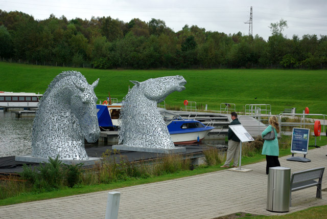 Horse sculptures by Falkirk Wheel