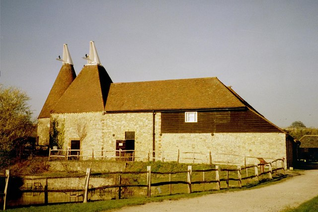 Oast House at The Museum of Kent Life,... © Oast House ...