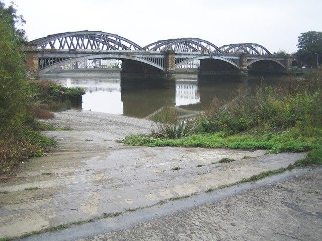 River Thames: Barnes Bridge © Nigel Cox cc-by-sa/2.0 ...