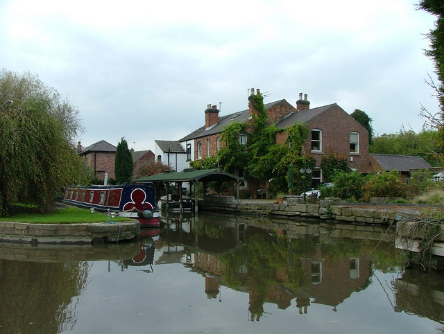 Canalside houses - Shardlow