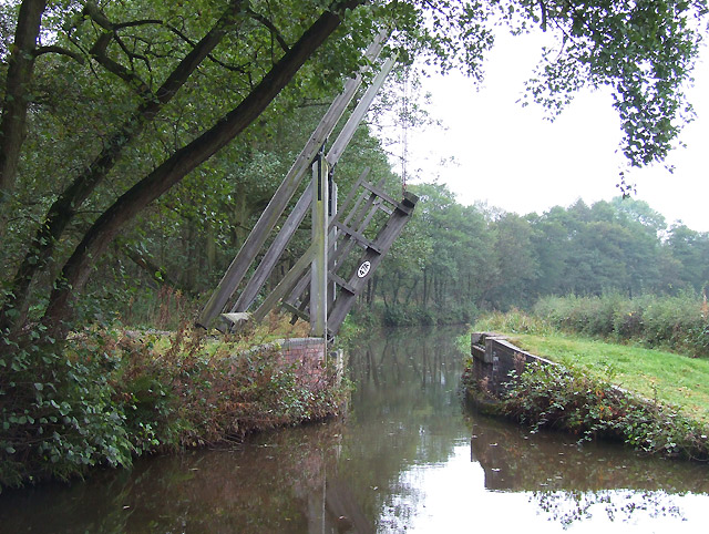 Oak Meadow Ford Lift Bridge, Caldon Canal, Staffordshire