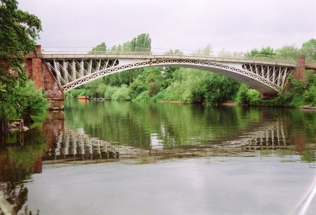 Holt Fleet bridge
