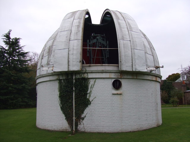 Cambridge Observatory 36inch Dome open