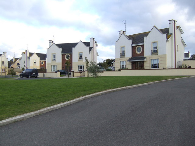 Striking new houses in Tagoat
