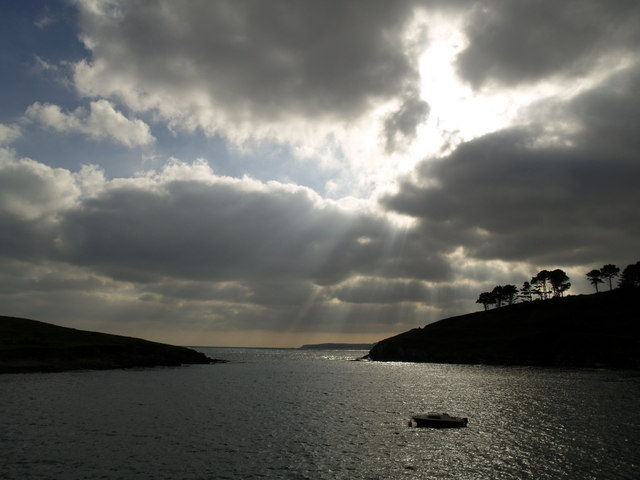 Sunrays at Sandy Cove