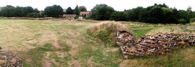 Bolingbroke Castle 360° - 2 of 3