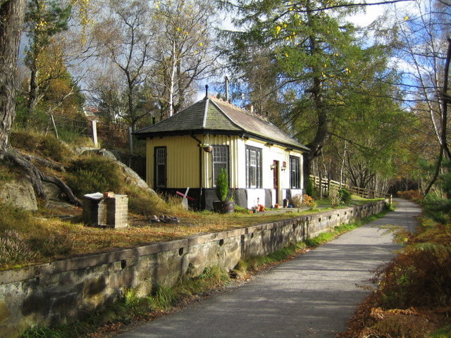 Cambus O'May station on the Deeside Railway (2)