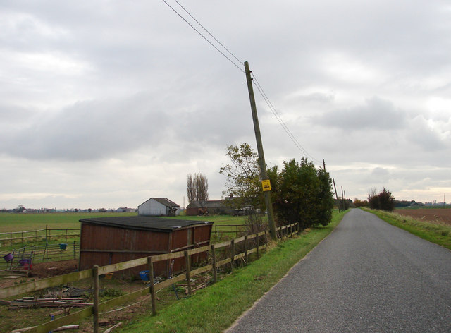 Public Road Near Lodge Farm