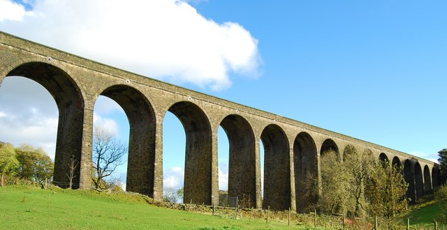 thornton viaduct  u00a9 tim green    geograph britain and ireland