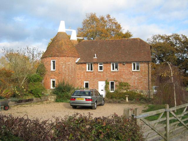 Battenhurst oast shrub lane stonegate oast house for Stonegate farmhouse