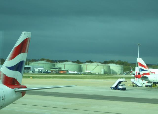Gatwick Airport North Terminal Postcode >> Storage Tanks © terry joyce cc-by-sa/2.0 :: Geograph Britain and Ireland