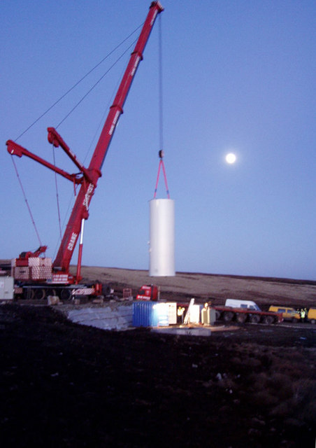 Erecting Turbine 16 - Scout Moor windfarm