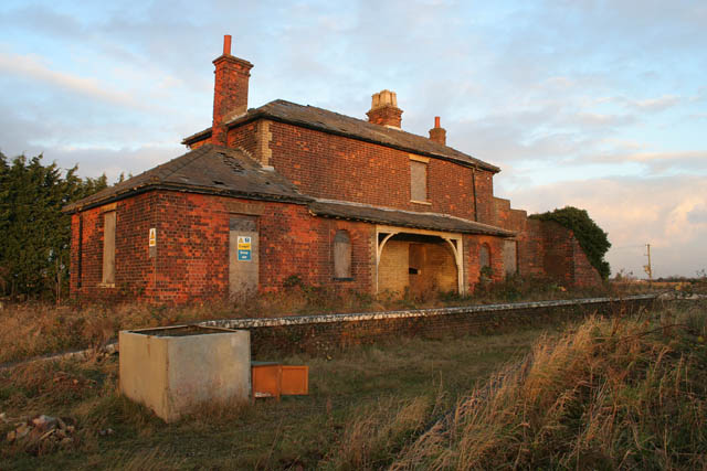 Gedney Station 169 Kate Jewell Geograph Britain And Ireland