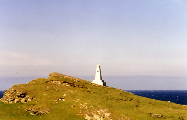 Cliff top monument at Meall Geal