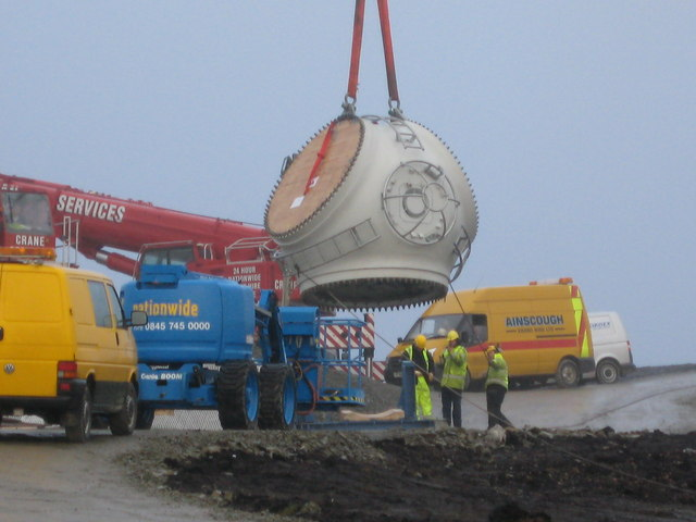 Turbine blade hub going up.