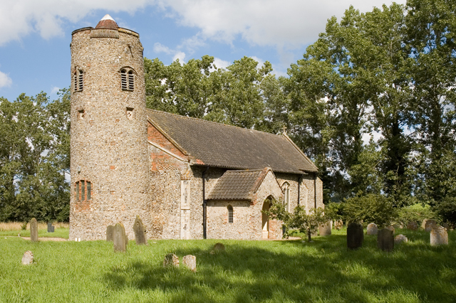 Hemblington Church