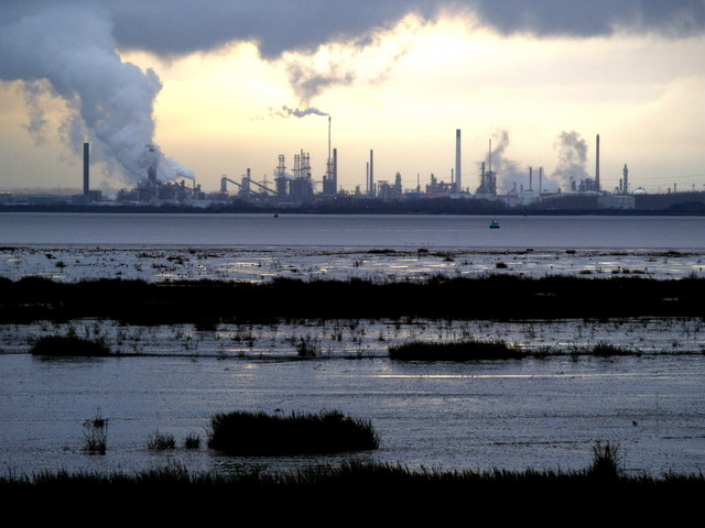 Killingholme Refinery from East Yorkshire