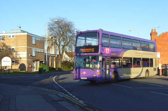 Bus in Wokingham Road, Reading