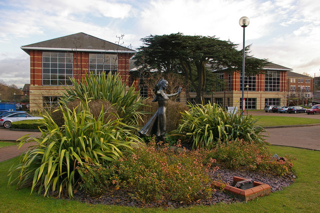 Watson Wyatt offices and Margot Fonteyn statue