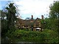 SP9941 : Moreteyne Manor by Paul Billington