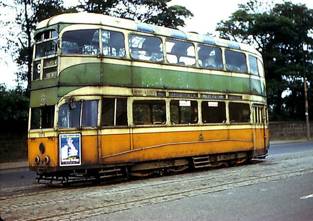 Glasgow tram 1176 at Auchenshuggle terminus.