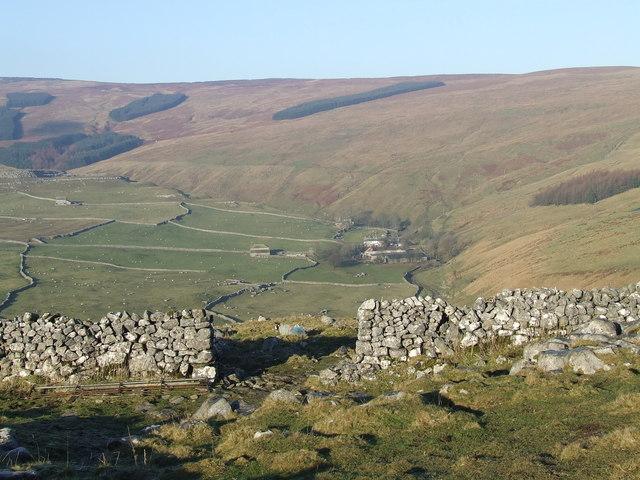 View north towards Darnbrook House & Darnbrook Fell