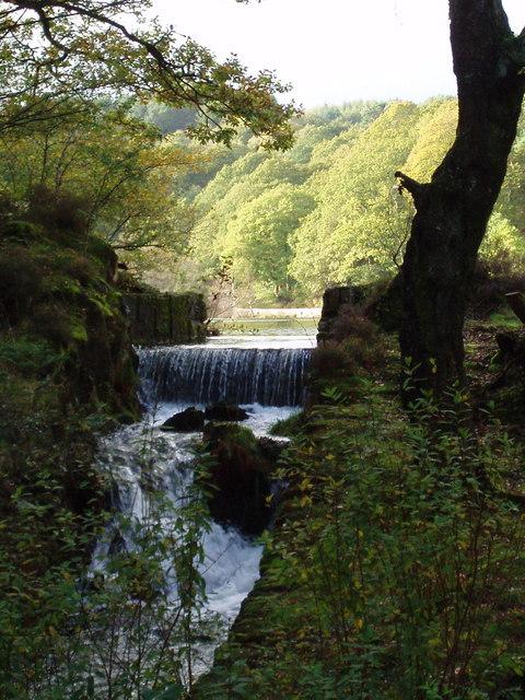 Weir on Llyn Mair, Tan y Bwlch