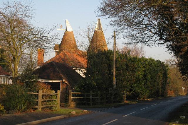Oak Farm Oast, Lenham Road, Headcorn, Kent