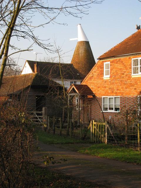 Little Ayleswade Oast, Ayleswade Lane, Biddenden, Kent