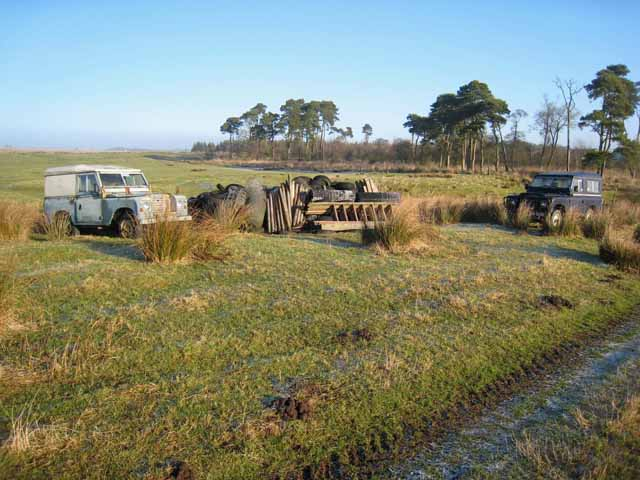 Abandoned vehicles at Dumblar Rigg