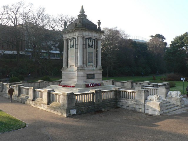 Bournemouth: the cenotaph