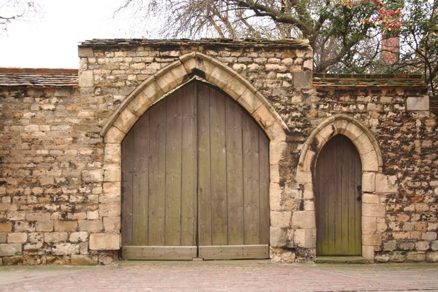 Subdeanery gate