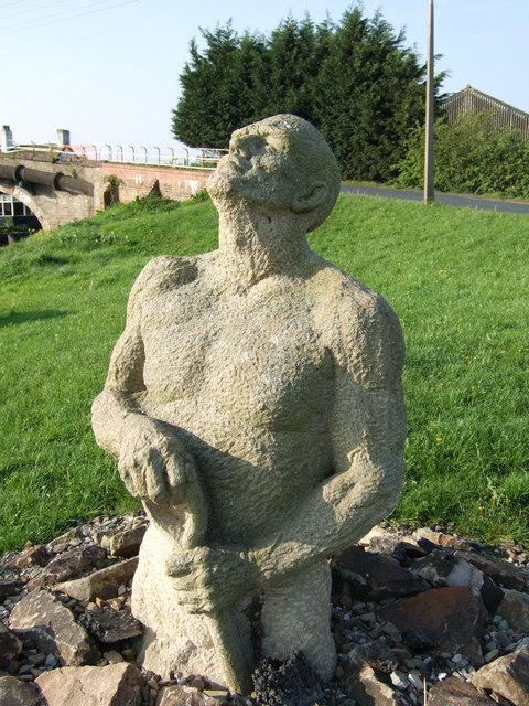 Statue near Saracen's Bridge