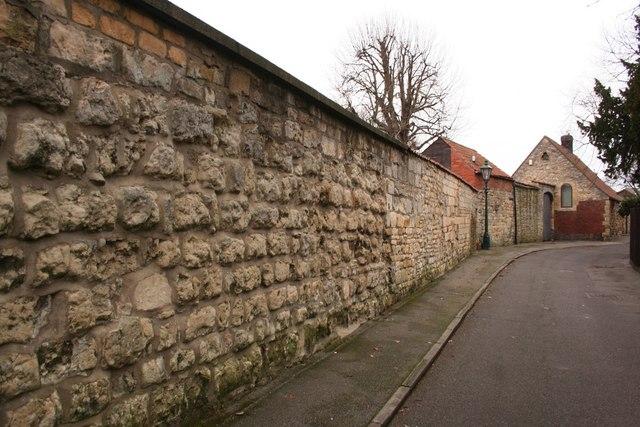 Close Wall