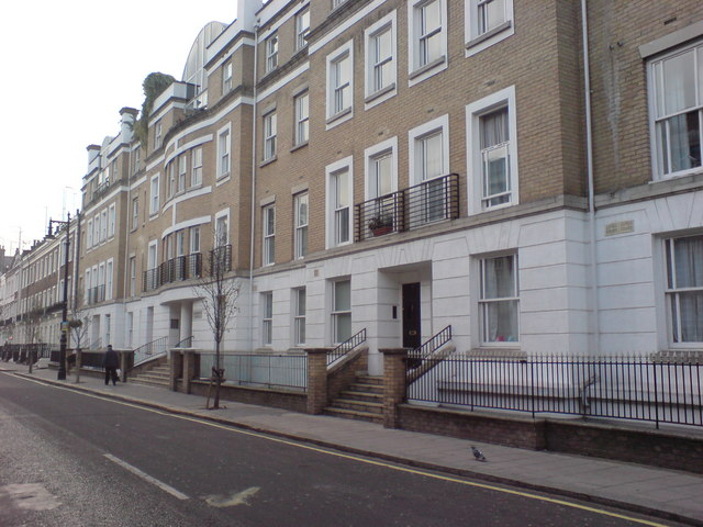 Hugh Street, SW1