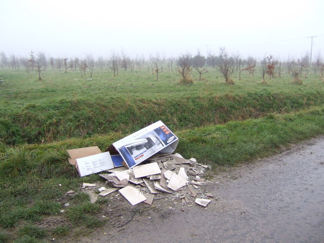 Fly-tip on Ball's Lane