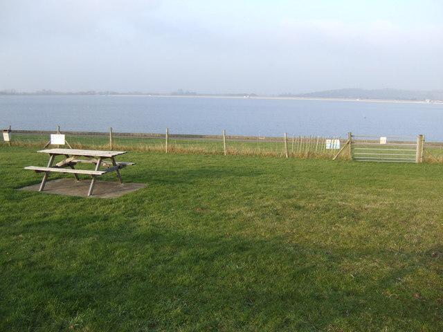 Picnic area at Farmoor Reservoir