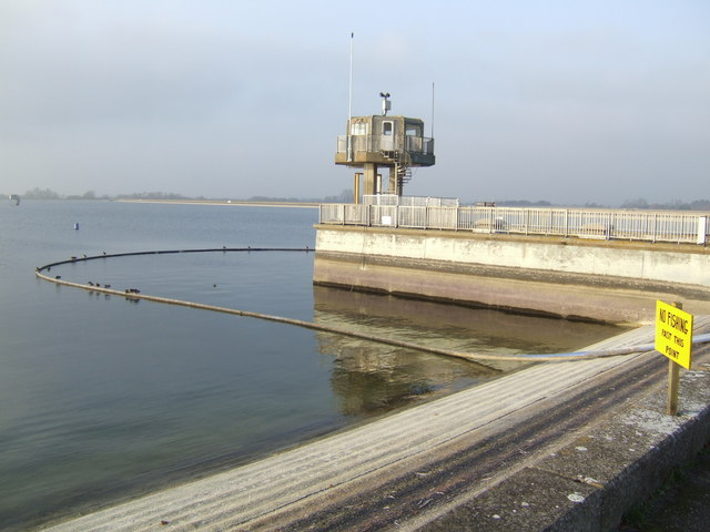 Outflow station at Farmoor Reservoir