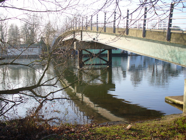 Tagg's Island Bridge