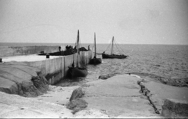 Winter Fuel, Inisheer, Aran Islands