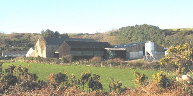 New farm buildings at Castellmarch