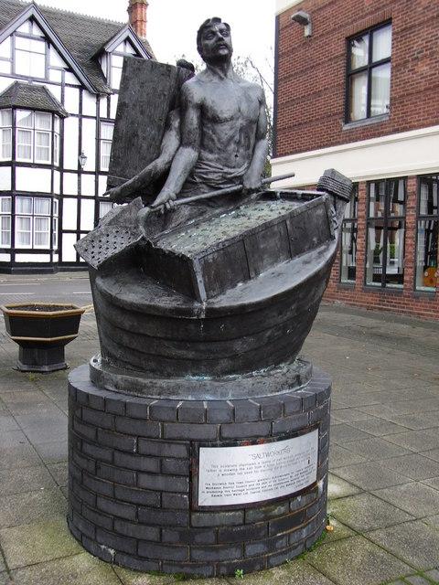 Salt workers' statue, Victoria Square, Droitwich