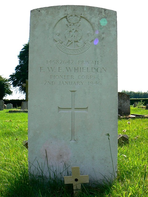 Grave of Private Whieldon, Marlborough