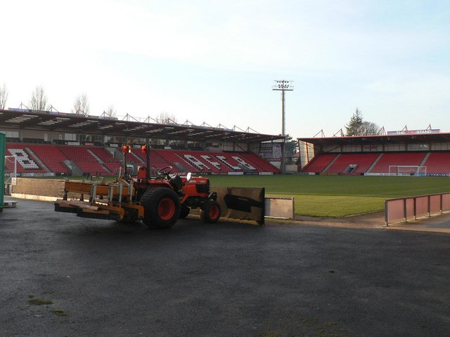 King's Park: Fitness First Stadium – the pitch