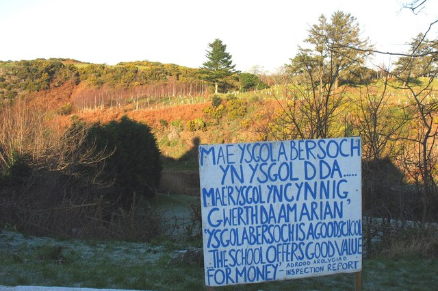 A sign that speaks for itself on the outskirts of Abersoch